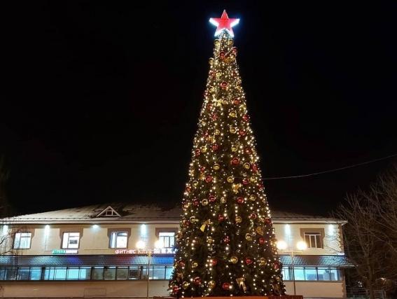 Специалисты проведут демонтаж новогодних баннеров в поселении Щаповское